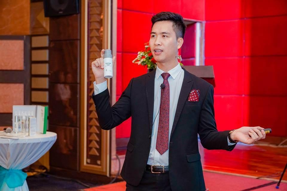 giám đốc Nguyễn Quang Thắng