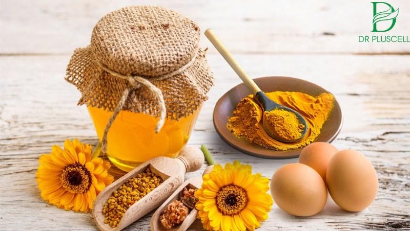 mặt nạ trứng bột nghệ mật ong