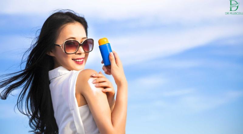 Không thể thiếu kem chống nắng dù mùa nào trong năm