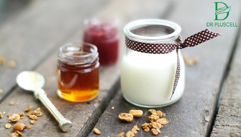 sữa chua và mật ong